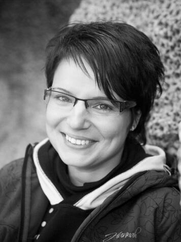 Lenka Roštoková - fundriser